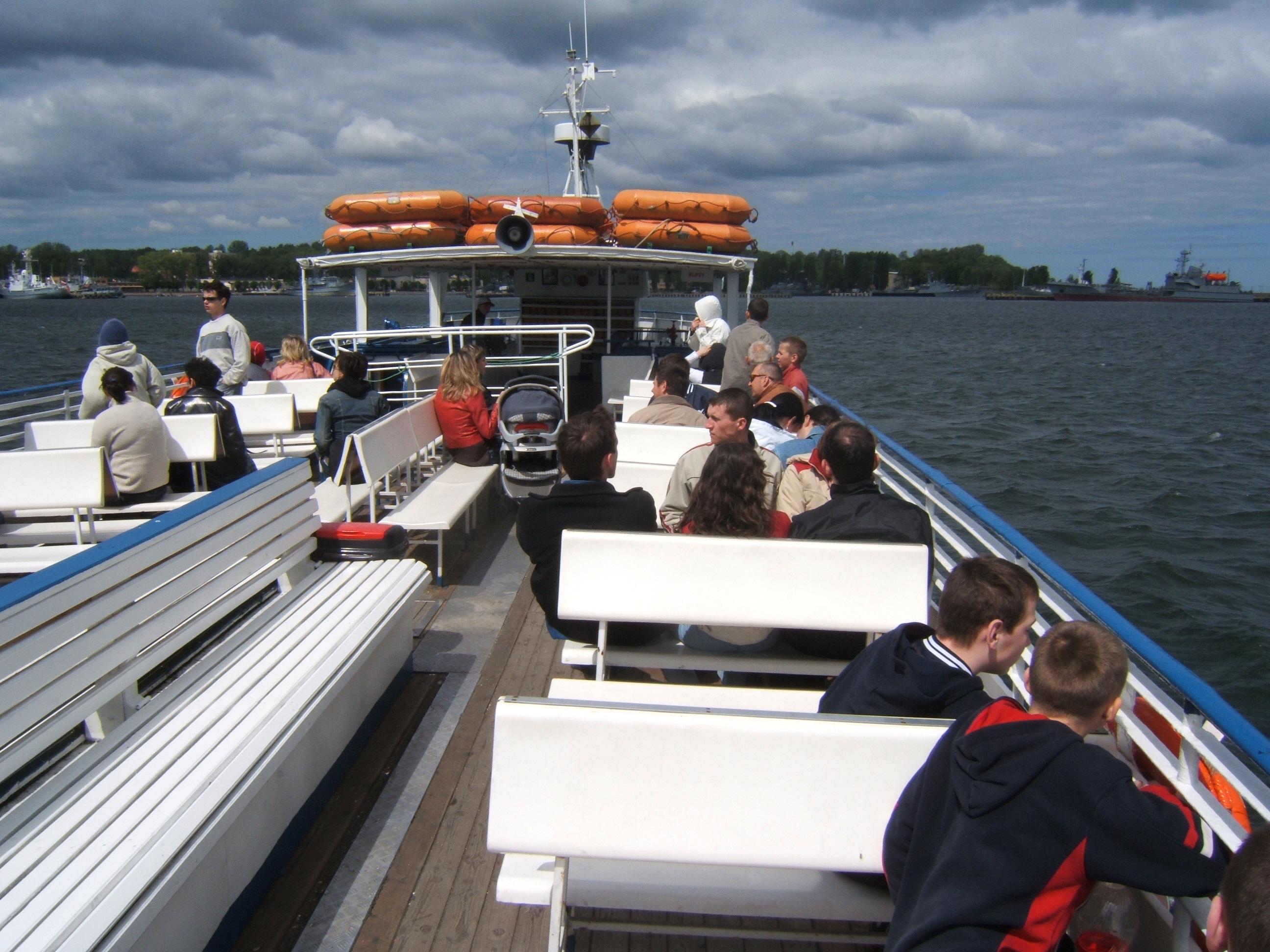 Wycieczka dla Domu Dziecka - wizyta w oceanarium oraz rejs po porcie
